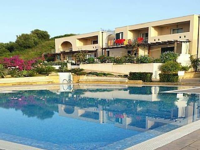 Borgo Fiorito Amalfi 11 - Zambrone - อพาร์ทเมนท์
