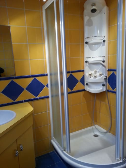 La salle de bain (suite)