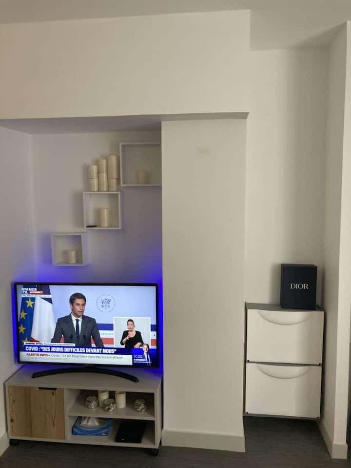 New Appartement dans Paris 20eme
