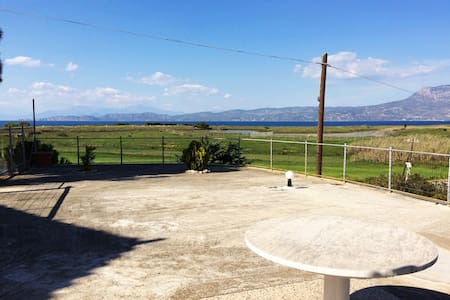 Cottage with view the sea ... - Corinth - 度假屋
