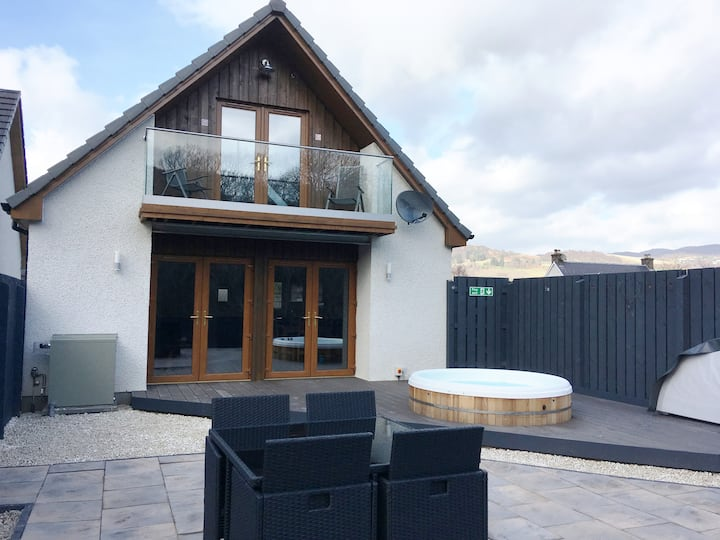 Crogacn lodge - a little bit of luxury - loch ness