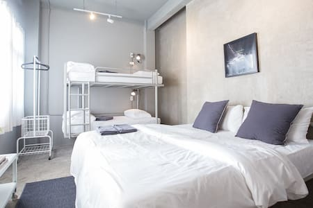 Private Room 3 - 4 Persons, China Town Shared BR - กรุงเทพ