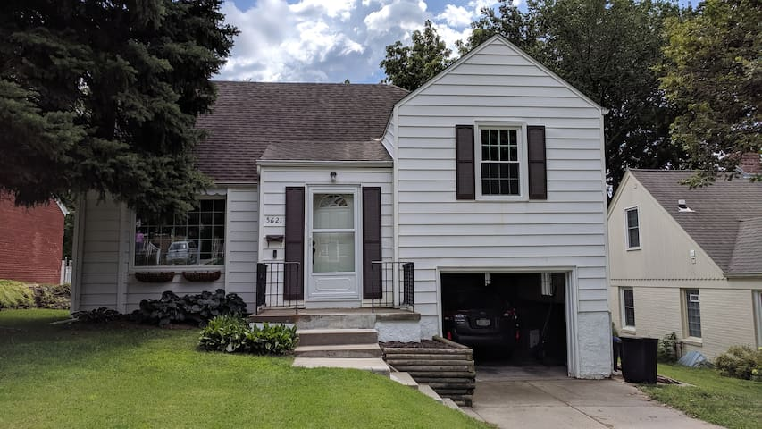 Charming 3 bedroom in the center of it all!