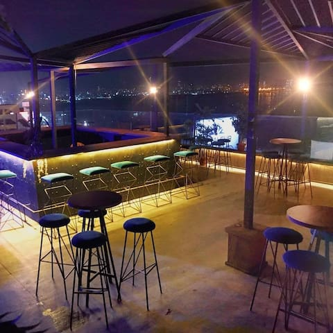 Fascinating rooftop suitable for any event