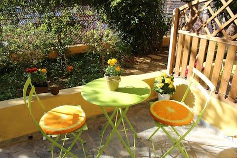 New Studio with beautiful garden