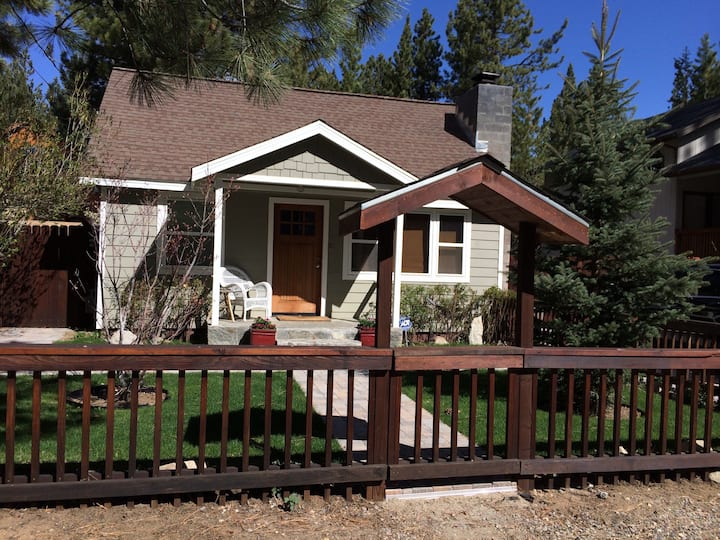 Cozy Cabin feels like home!