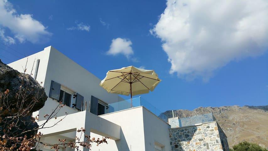ELIA PETRA - OLIVE ROCK HOUSE crete