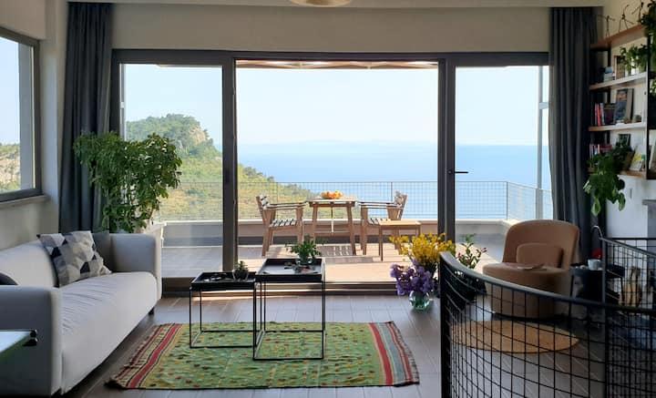 Spectacular view / Muhteşem manzaralı villa, Assos