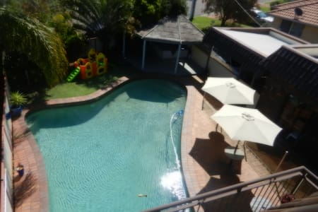 Lake Haven Escape, 90 mins from CBD - Pet friendly - Lake Haven