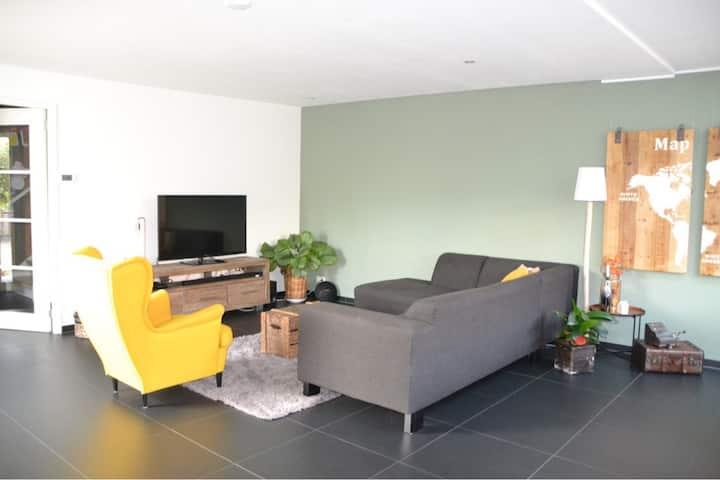 Great house @ Kinderdijk, near Rotterdam/Dordrecht