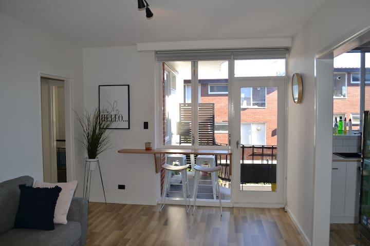 Stylish 2 BDR apartment- great location & reviews! - Saint Kilda East - Appartement