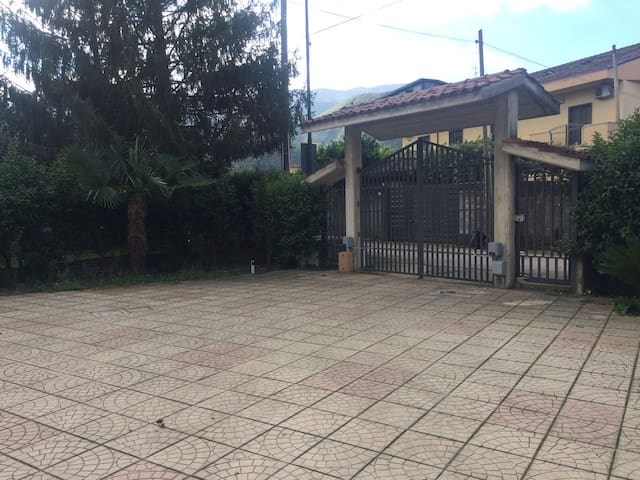 Casa piacevole e ben collegata - San Martino Valle Caudina - Overig
