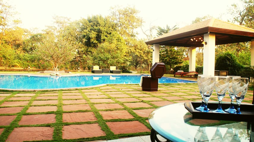 Birdsong, 4Bhk villa with private Pool