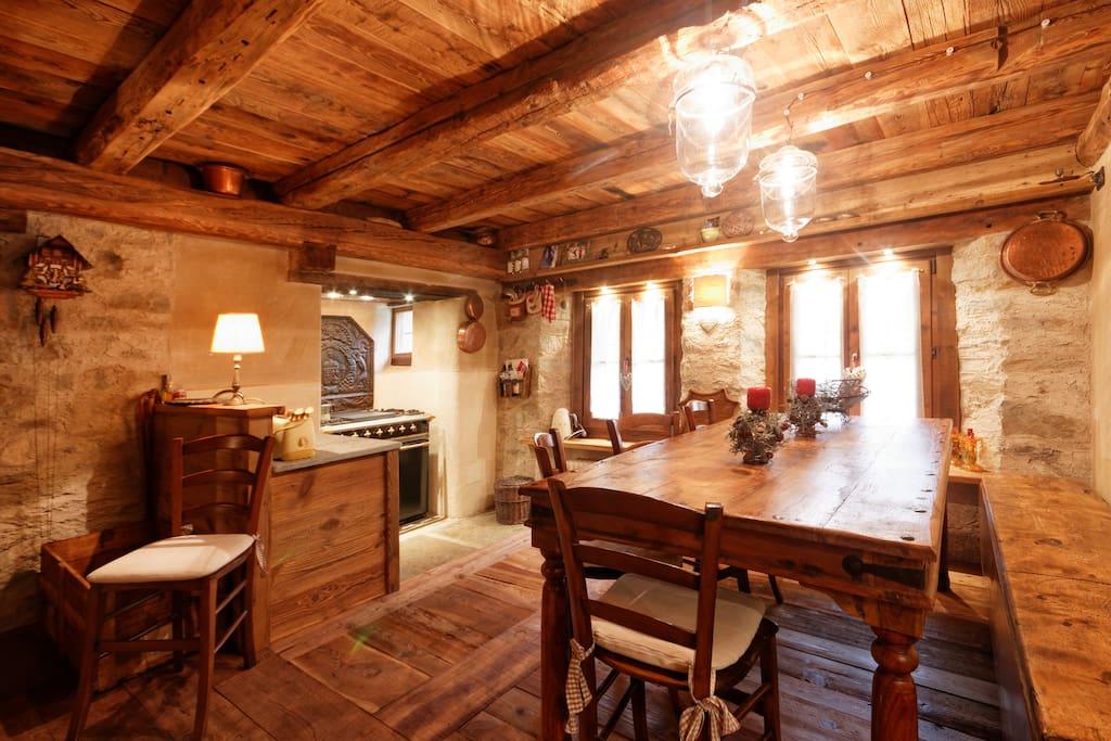 kitchen /dining room  cucina / sala da pranzo