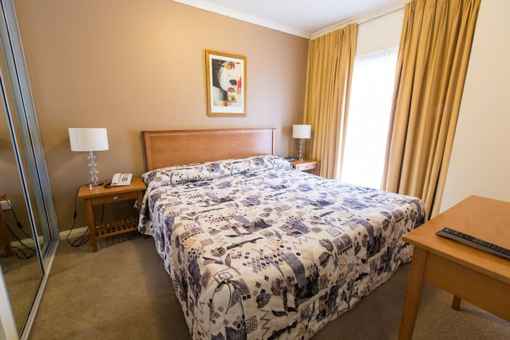 Fascinating Apartment One Bedroom At Canberra