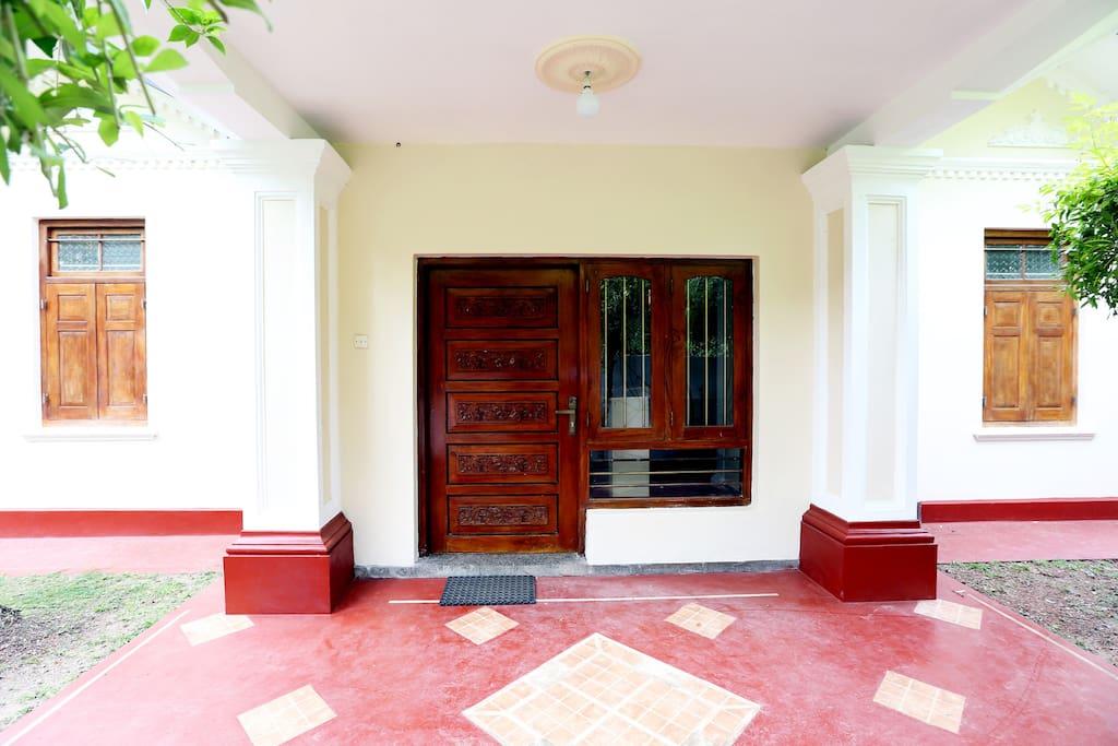 chandra villa villen zur miete in bentota s dprovinz sri lanka. Black Bedroom Furniture Sets. Home Design Ideas