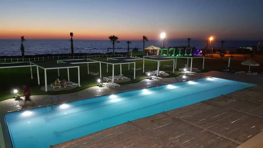 Luxury 3 bedroom apartement With Sea view