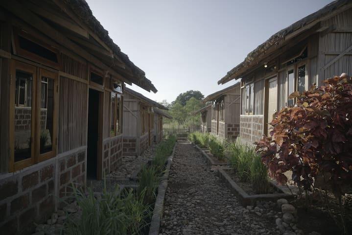 Rumah Khas Timor