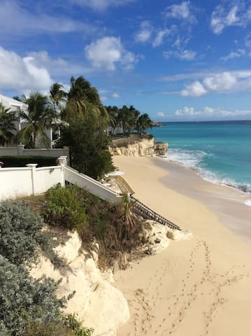 The Cliff Sint Maarten Heaven! From $200 per night - Lowlands - Departamento