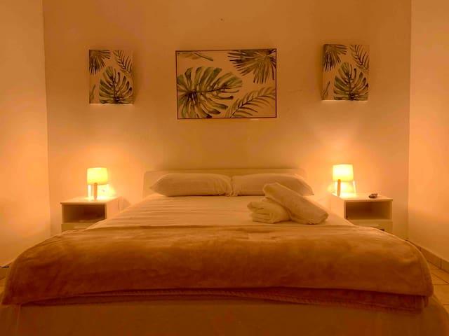 Pineapple Cozy Apartment at Placita de Santurce