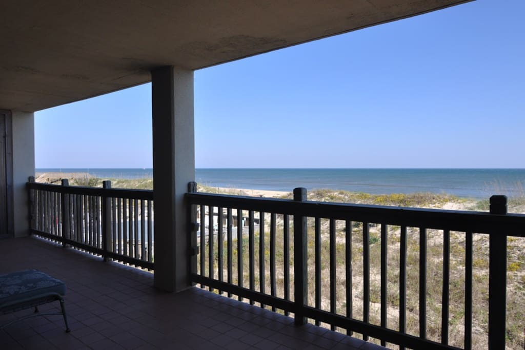 H202S: Heron Cove 202S | View