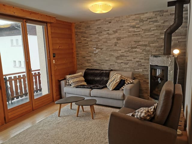 LUMI1 : Renovated and cosy apartment, located in village center
