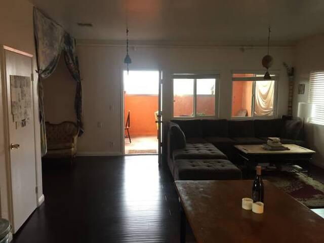livingroom (downstairs)