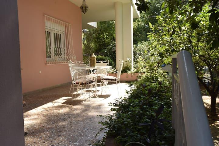 Άνετο σπίτι 145 m² με  εύκολη πρόσβαση.