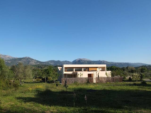 Peaceful location with pool — Villa Ca's Busqueret