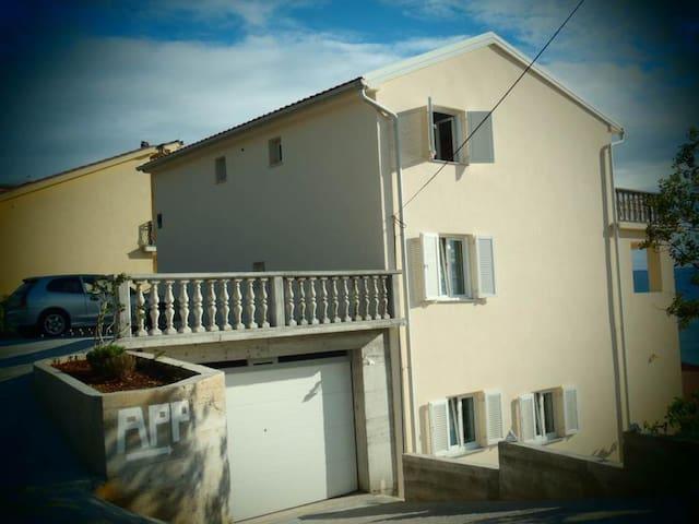 Apartment Bozena 1c - Klenovica - อพาร์ทเมนท์