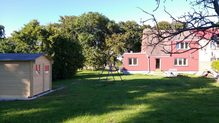 Großes Familien Ferienhaus für bis zu 8 Personen - Schaprode - Hus