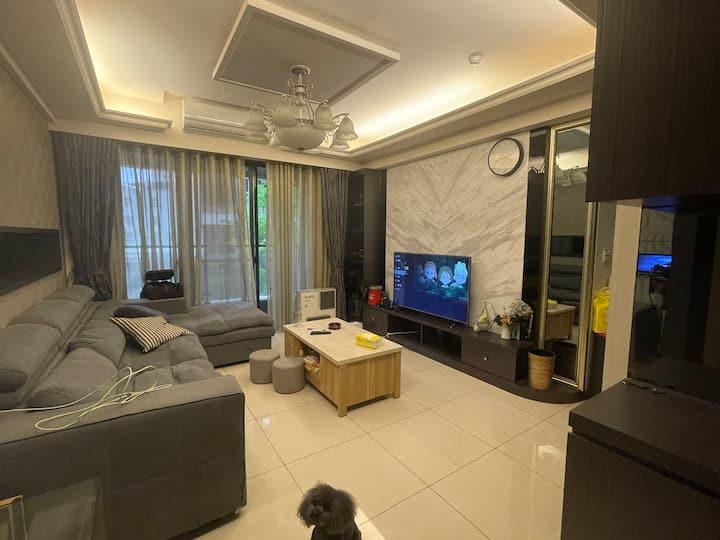 三重 高級社區大樓 獨立房間 雅房 附有洗衣機烘衣機 五分鐘車程可到台北市