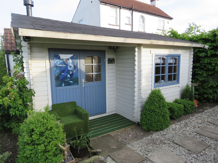 The rabbit hole log cabin at fishermans lodge chalet for Log cabins for sale north yorkshire