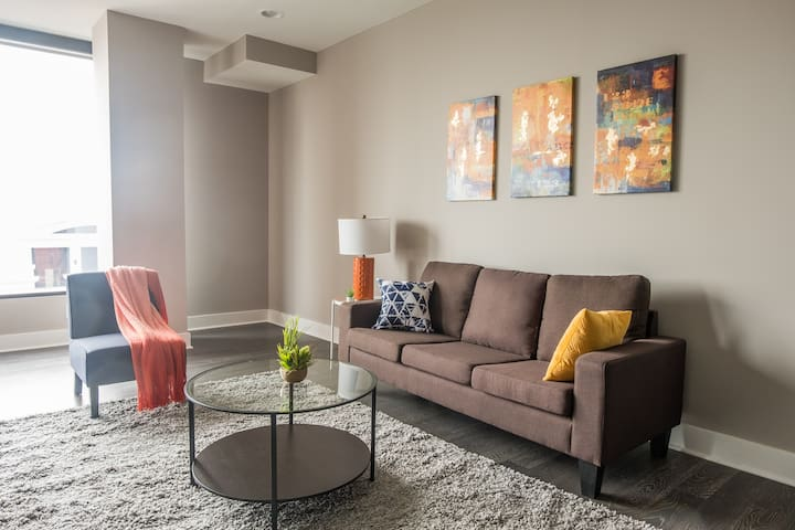 Center of Everything | 1br w/ Balcony + Parking