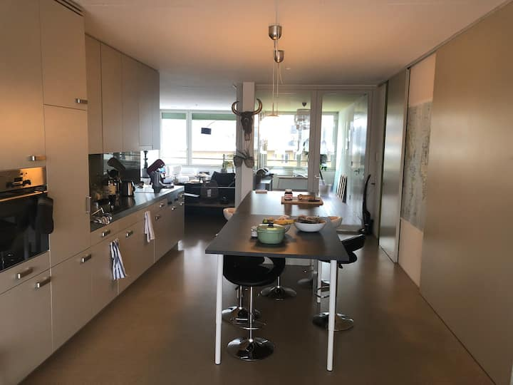 130m2 bright apartment