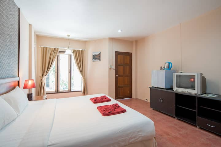 ☼♥ A DBL room, beach nightlife 5 mn walk ♥☼
