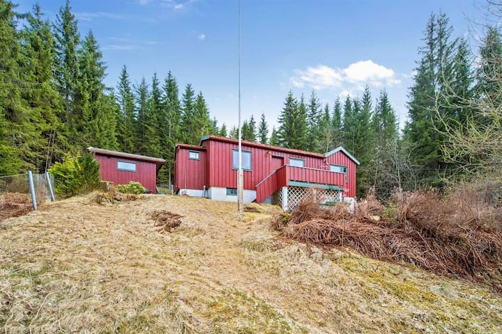 Cabin with annex for rent at Bromsetåsen 14