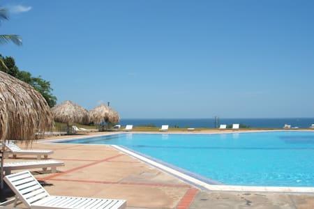 Apartamento En Playa Guacuco