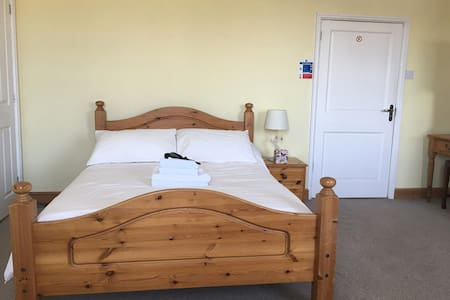 Worstead Woven double bed