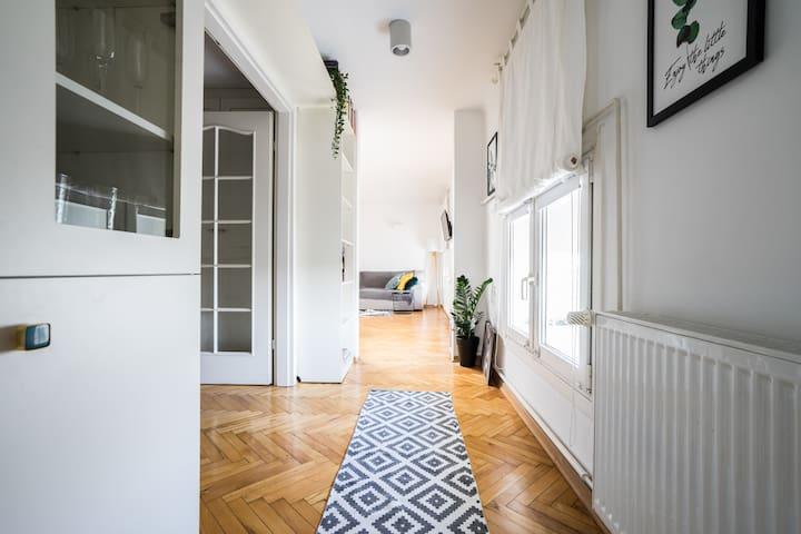 58m2 Apartment, Marszałkowska Str.