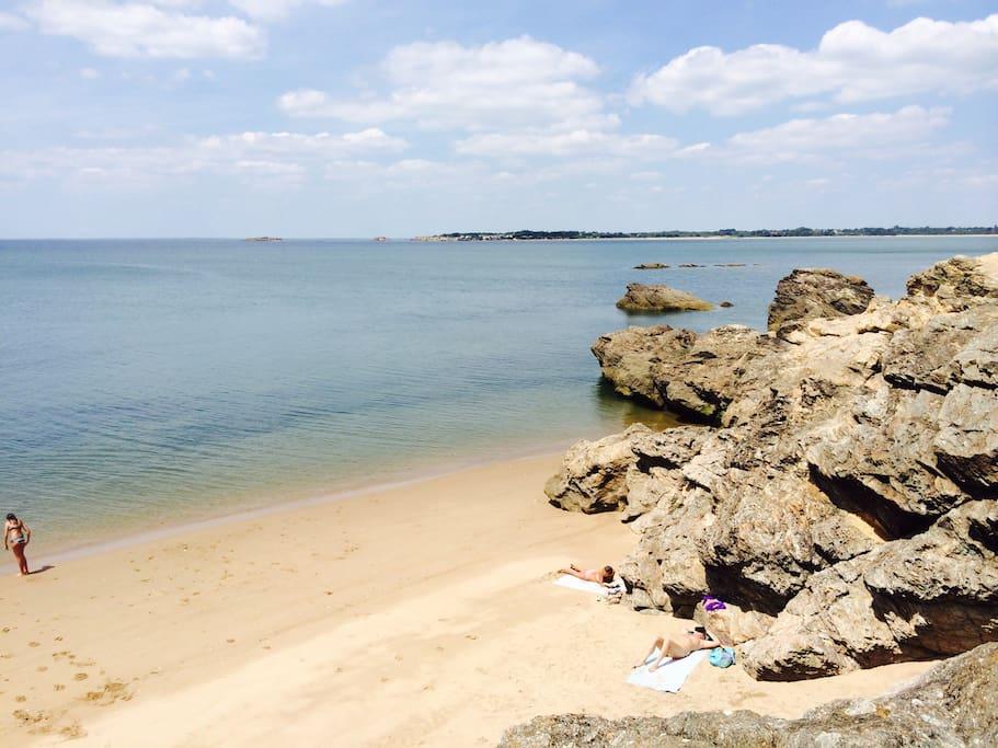 """La plage """"des dames""""."""
