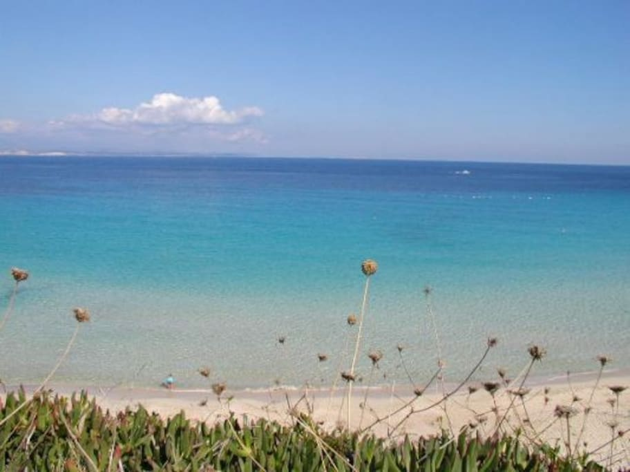 rena bianca beach , 400 metres from the house