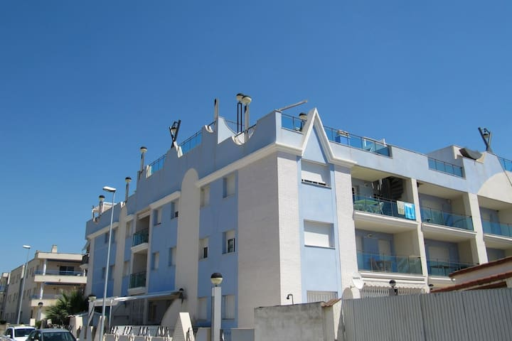 Comfortable Apartment in L'Eucaliptus with Swimming Pool
