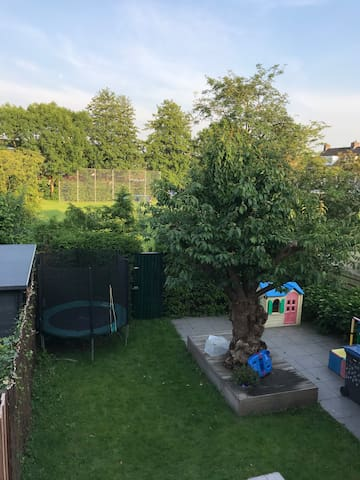 Lovely family home in green area near Amsterdam