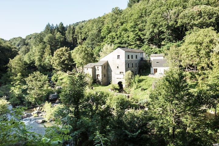 Moulin de Record - Gîte de pêche en pleine nature