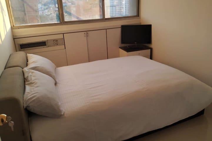 Second floor suite