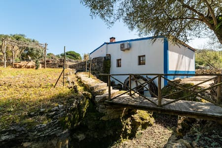 Sintra River House