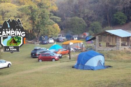 Área de Camping Río la Toma - Damián C. Tamasopo