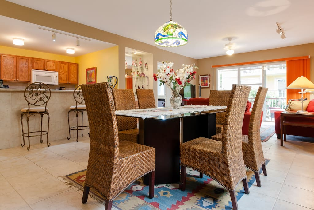 Dining room for 6 with everything you need except the food!