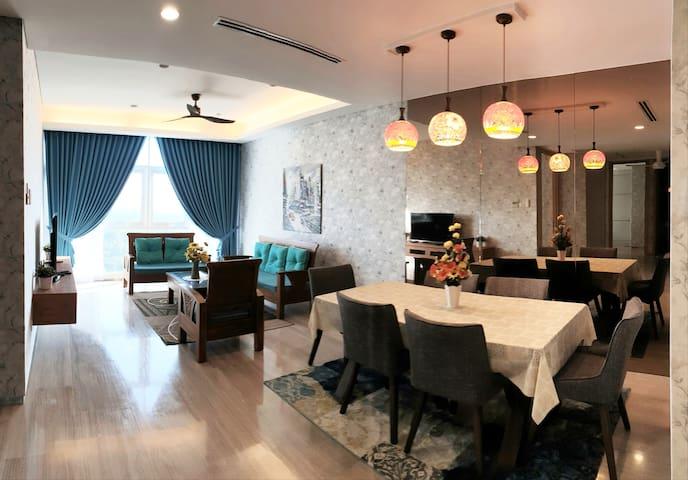 高级酒店式公寓。五星级的居住体验。